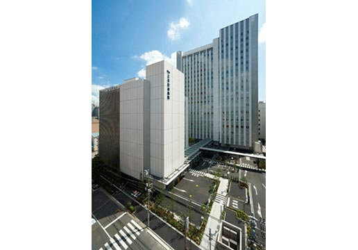 銀座や有楽町、新宿などへのアクセスも良好な三井記念病院。