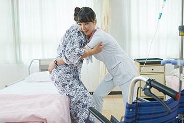看護技術は臨床で必要になる頃に研修で学べるよう設定されている。