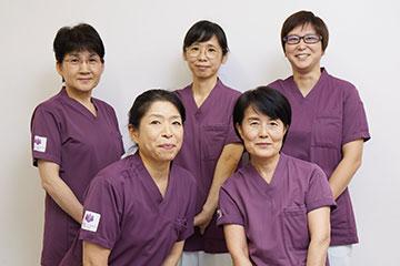 看護部支援室のスタッフが、新人ナース一人ひとりのキャリア構築を支援。
