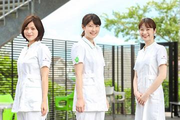 木村 美紗子さん、斉藤 璃帆さん、荻野 穂奈美さん